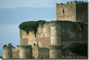 Castillo de Magaña (14KB)